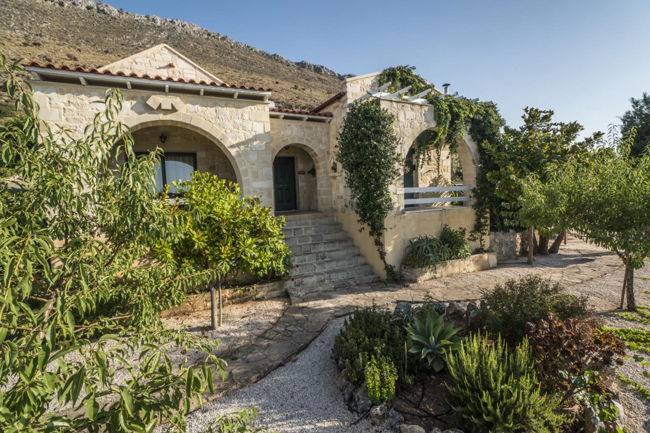 Retreat village Chania